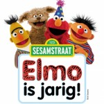 logo seasamstraat elmo is jaarig.